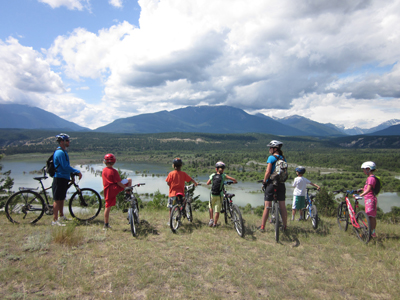 Old Coach Trail - kids looking at view